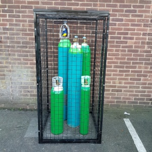 Gas Cylinder Cage with Different Cylinders