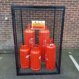 Gas Cylinder Cage GC804