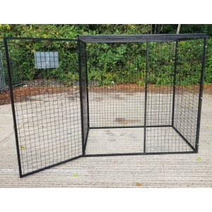 Gas Cylinder Cage GC805 single opening mesh door