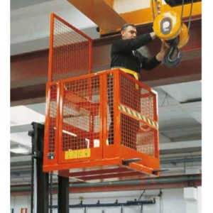 safety-cage-in-use